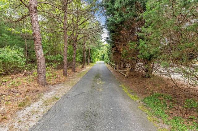 1824 County Road 39, Southampton, NY 11968 (MLS #3317393) :: Carollo Real Estate