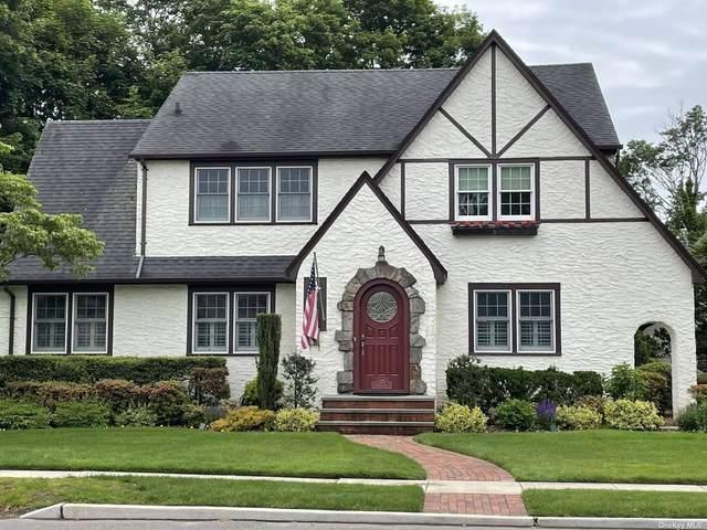 375 Brower Avenue, Rockville Centre, NY 11570 (MLS #3317876) :: Carollo Real Estate