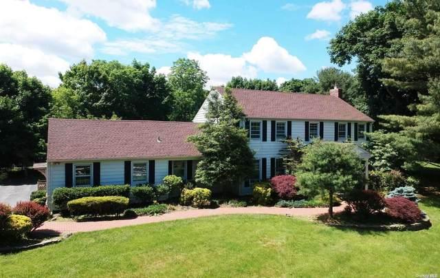20 Coach Lane, Muttontown, NY 11791 (MLS #3318488) :: Carollo Real Estate