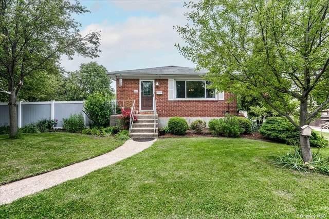2541 Columbus Avenue, N. Bellmore, NY 11710 (MLS #3318901) :: Carollo Real Estate