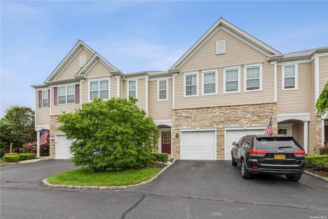 9 Torrey Pine Lane #9, Bay Shore, NY 11706 (MLS #3319207) :: Carollo Real Estate