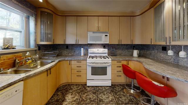 920 Broadway #7, N. Woodmere, NY 11581 (MLS #3319266) :: Carollo Real Estate