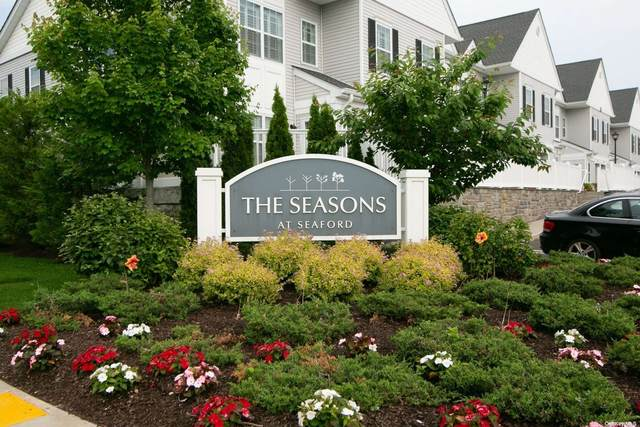 105 Spring Drive #105, Seaford, NY 11783 (MLS #3319629) :: Carollo Real Estate
