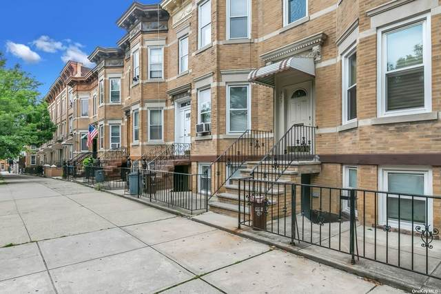 72-31 65th Place, Glendale, NY 11385 (MLS #3319643) :: Carollo Real Estate