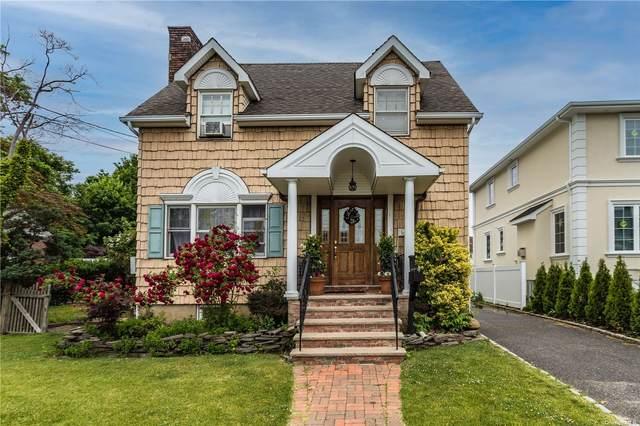 51 Russell Street, Roslyn Heights, NY 11577 (MLS #3319713) :: Carollo Real Estate