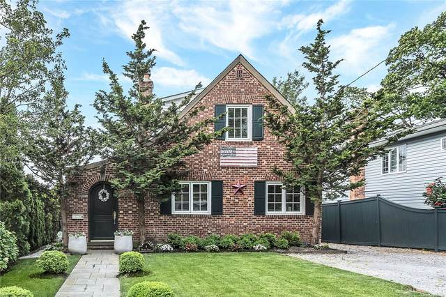 4 Meadow Street, Bayville, NY 11709 (MLS #3319944) :: Carollo Real Estate