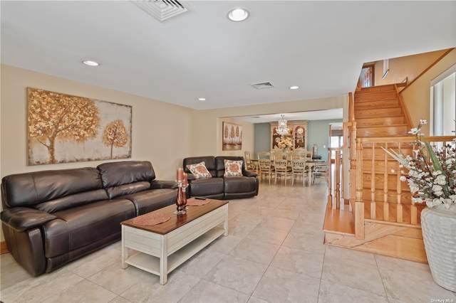 102-29 Lockwood Court, Hamilton Beach, NY 11414 (MLS #3320019) :: Carollo Real Estate