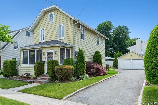 87 Carlyle Place, Roslyn Heights, NY 11577 (MLS #3320067) :: Carollo Real Estate