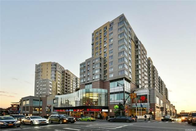 40-28 College Point Boulevard #1001, Flushing, NY 11354 (MLS #3320109) :: Shalini Schetty Team