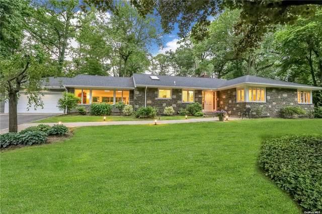 3 The Balsams, Roslyn Estates, NY 11576 (MLS #3320276) :: Carollo Real Estate
