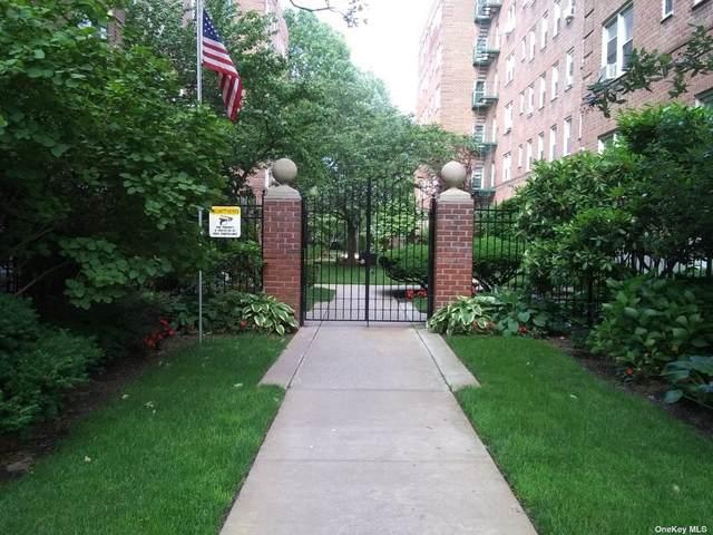 34 Cathedral Avenue 3A, Hempstead, NY 11550 (MLS #3320300) :: Nicole Burke, MBA | Charles Rutenberg Realty