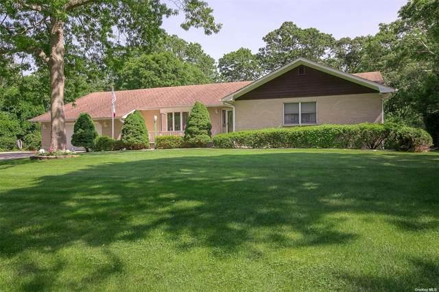 E. Patchogue, NY 11772 :: Carollo Real Estate