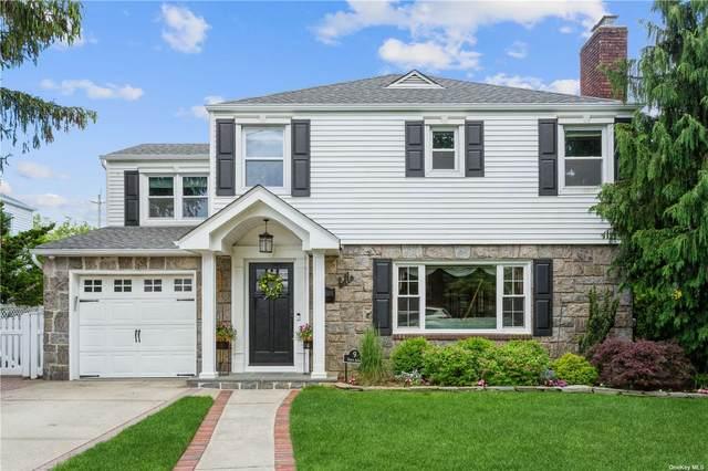 9 Foster Avenue, Malverne, NY 11565 (MLS #3320451) :: Carollo Real Estate