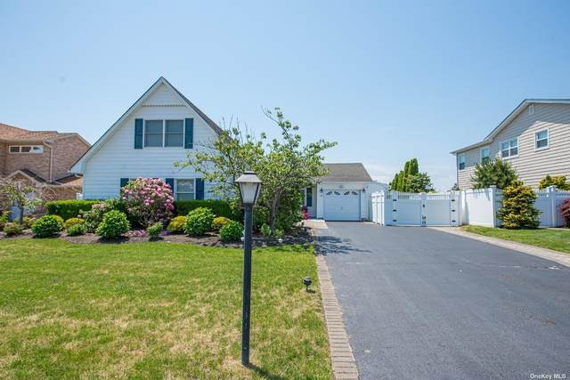 18 Piper Court, West Islip, NY 11795 (MLS #3320495) :: Carollo Real Estate