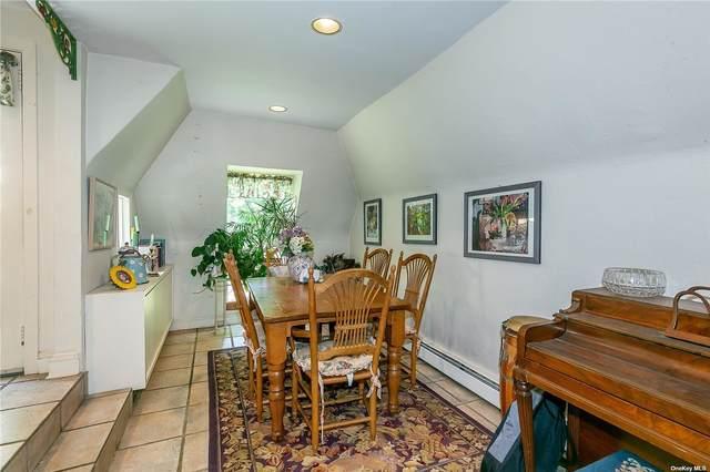 20 Ascot Ridge, Great Neck, NY 11021 (MLS #3320557) :: Carollo Real Estate