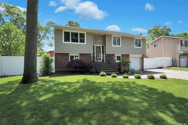 47 Oakwood Hills Drive, East Islip, NY 11730 (MLS #3320607) :: Barbara Carter Team