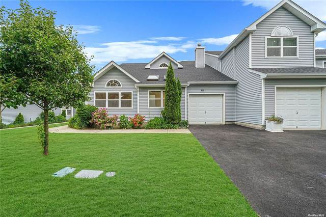 162 Hampton Vista Drive #162, Manorville, NY 11949 (MLS #3320643) :: Barbara Carter Team