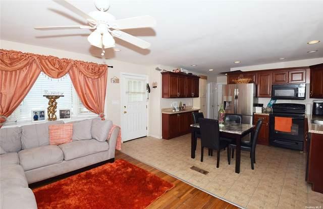 474 Old Farmingdale Road, Babylon, NY 11704 (MLS #3320654) :: Barbara Carter Team