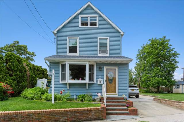 49 Marcus Avenue, New Hyde Park, NY 11040 (MLS #3320701) :: Carollo Real Estate