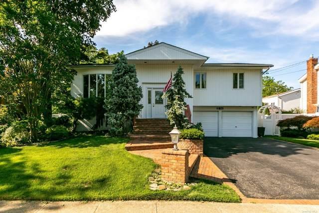 1825 Cynthia Lane, Merrick, NY 11566 (MLS #3320776) :: Carollo Real Estate