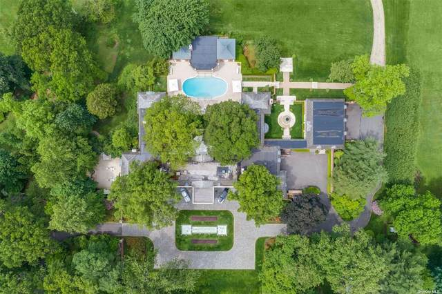 385 Oyster Bay Road, Mill Neck, NY 11765 (MLS #3320837) :: Carollo Real Estate