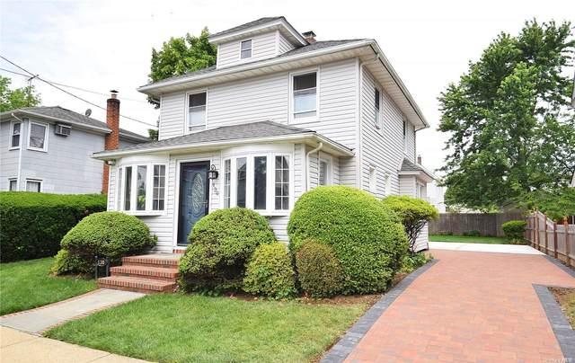 130 Musgnug Avenue, Mineola, NY 11501 (MLS #3320876) :: Carollo Real Estate