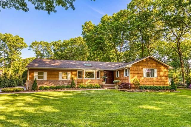 20 Buttonwood Drive, Dix Hills, NY 11746 (MLS #3320910) :: Mark Boyland Real Estate Team