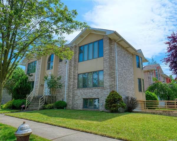 28-06 215 Place, Bayside, NY 11360 (MLS #3321089) :: Carollo Real Estate