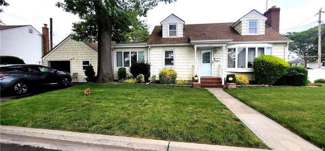 494 Silver Lane, Oceanside, NY 11572 (MLS #3321109) :: Mark Boyland Real Estate Team