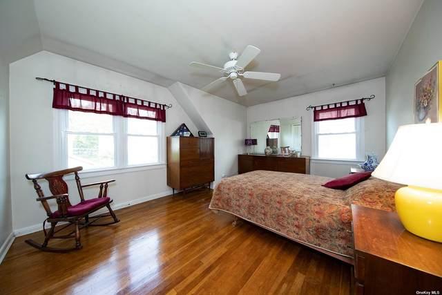 78-27 Langdale Street, New Hyde Park, NY 11040 (MLS #3321297) :: Laurie Savino Realtor