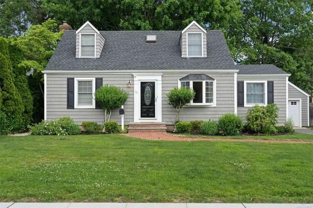 70 Midway Avenue, Locust Valley, NY 11560 (MLS #3321404) :: Mark Boyland Real Estate Team