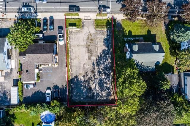 156 Forest Avenue, Glen Cove, NY 11542 (MLS #3321531) :: Mark Boyland Real Estate Team