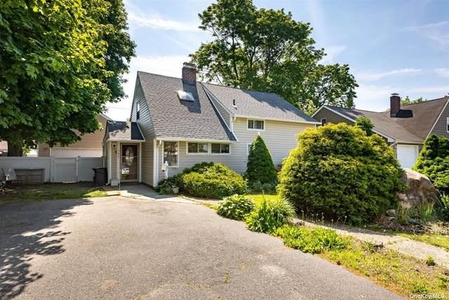 706 N Newbridge Road, Levittown, NY 11756 (MLS #3321558) :: Mark Boyland Real Estate Team