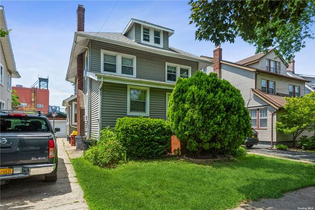 38-30 214th, Bayside, NY 11361 (MLS #3321563) :: Mark Boyland Real Estate Team