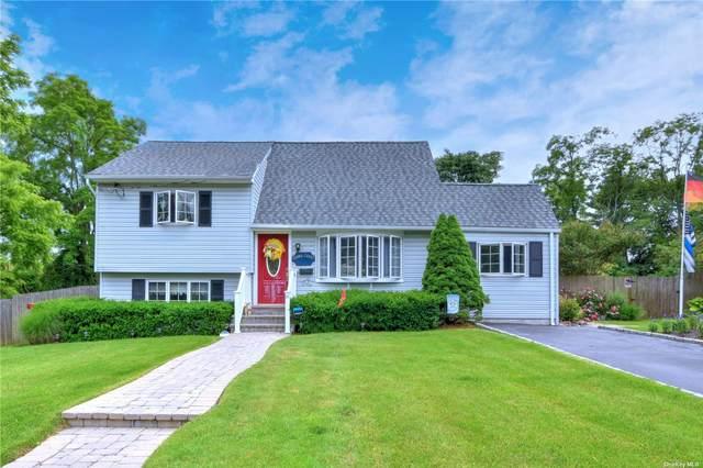 22 Mannes Street, Ronkonkoma, NY 11779 (MLS #3321570) :: Mark Boyland Real Estate Team