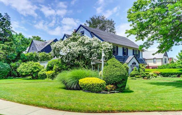 60 Stratford Road, Rockville Centre, NY 11570 (MLS #3321603) :: Carollo Real Estate