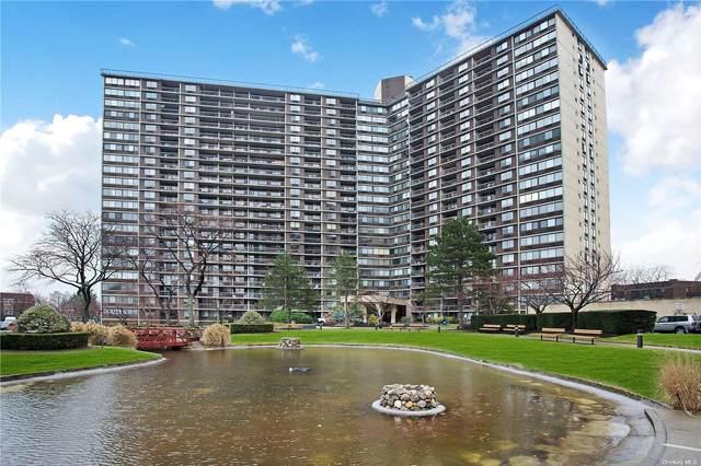 1 Bay Club Drive 2U, Bayside, NY 11360 (MLS #3321751) :: Nicole Burke, MBA | Charles Rutenberg Realty