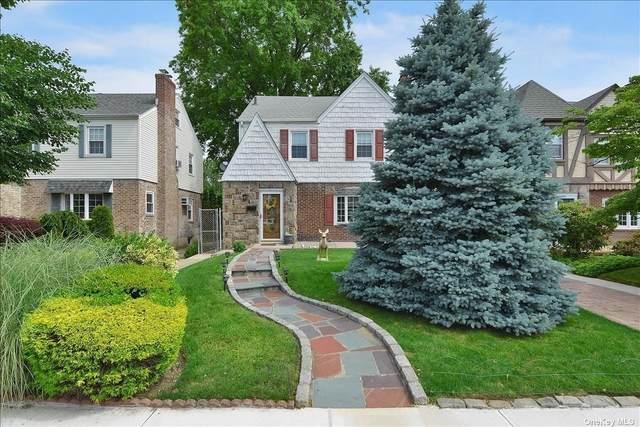 163-37 15 Drive, Whitestone, NY 11357 (MLS #3321982) :: Carollo Real Estate