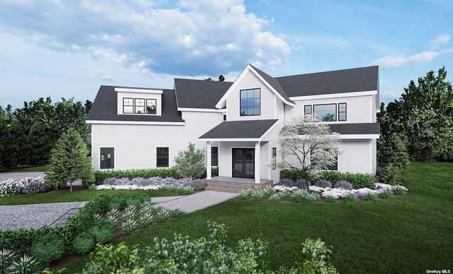 945 Royalton Row, Mattituck, NY 11952 (MLS #3322023) :: Carollo Real Estate