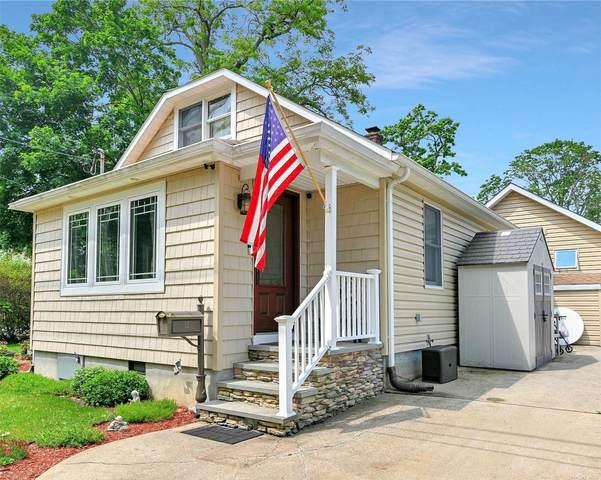 12 Patiky Street, Kings Park, NY 11754 (MLS #3322162) :: Mark Boyland Real Estate Team
