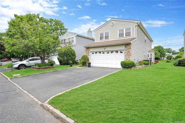 145 Fairfield Drive #145, Holbrook, NY 11741 (MLS #3322186) :: Howard Hanna | Rand Realty