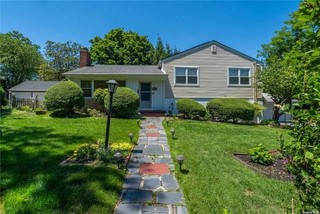 7 North Plandome Road, Port Washington, NY 11050 (MLS #3322321) :: Carollo Real Estate