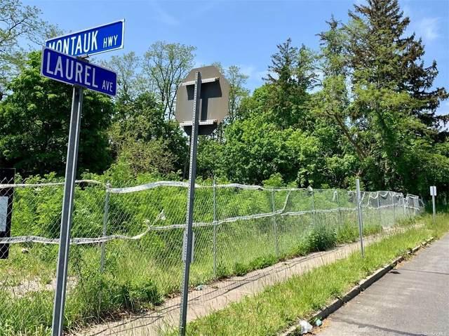 281 E Main Street, East Islip, NY 11730 (MLS #3322331) :: Howard Hanna | Rand Realty
