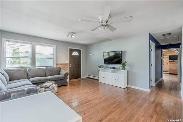 5 Park Street, Blue Point, NY 11715 (MLS #3322471) :: RE/MAX RoNIN