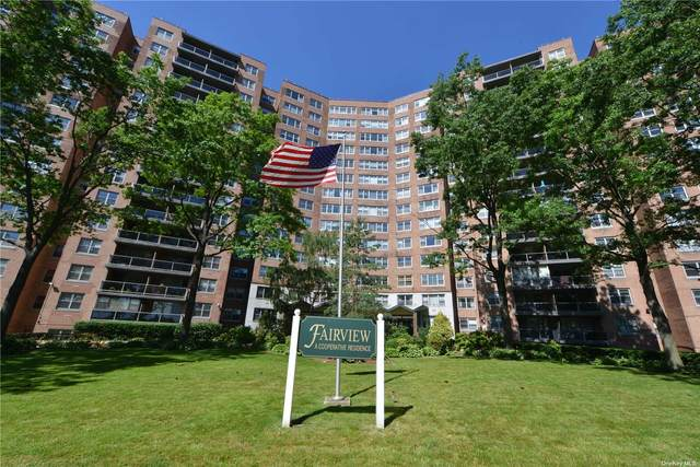 61-20 Grand Central Parkway A109, Forest Hills, NY 11375 (MLS #3322506) :: Shalini Schetty Team
