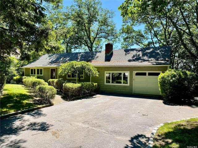 26 Marys Lane, Centerport, NY 11721 (MLS #3322609) :: Carollo Real Estate