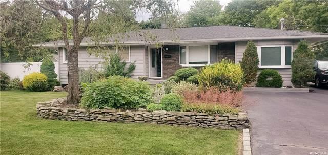454 Locust Avenue, Oakdale, NY 11769 (MLS #3322656) :: Cronin & Company Real Estate