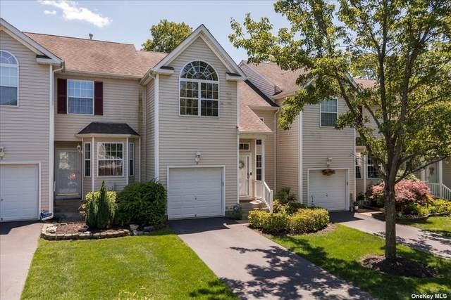 3 Cranberry Circle #3, Medford, NY 11763 (MLS #3322663) :: Shalini Schetty Team