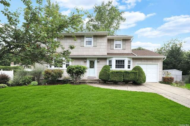 18 Foothill Lane, Smithtown, NY 11787 (MLS #3322670) :: RE/MAX RoNIN