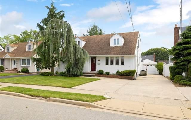 126 Berry Street, Valley Stream, NY 11580 (MLS #3322686) :: Cronin & Company Real Estate